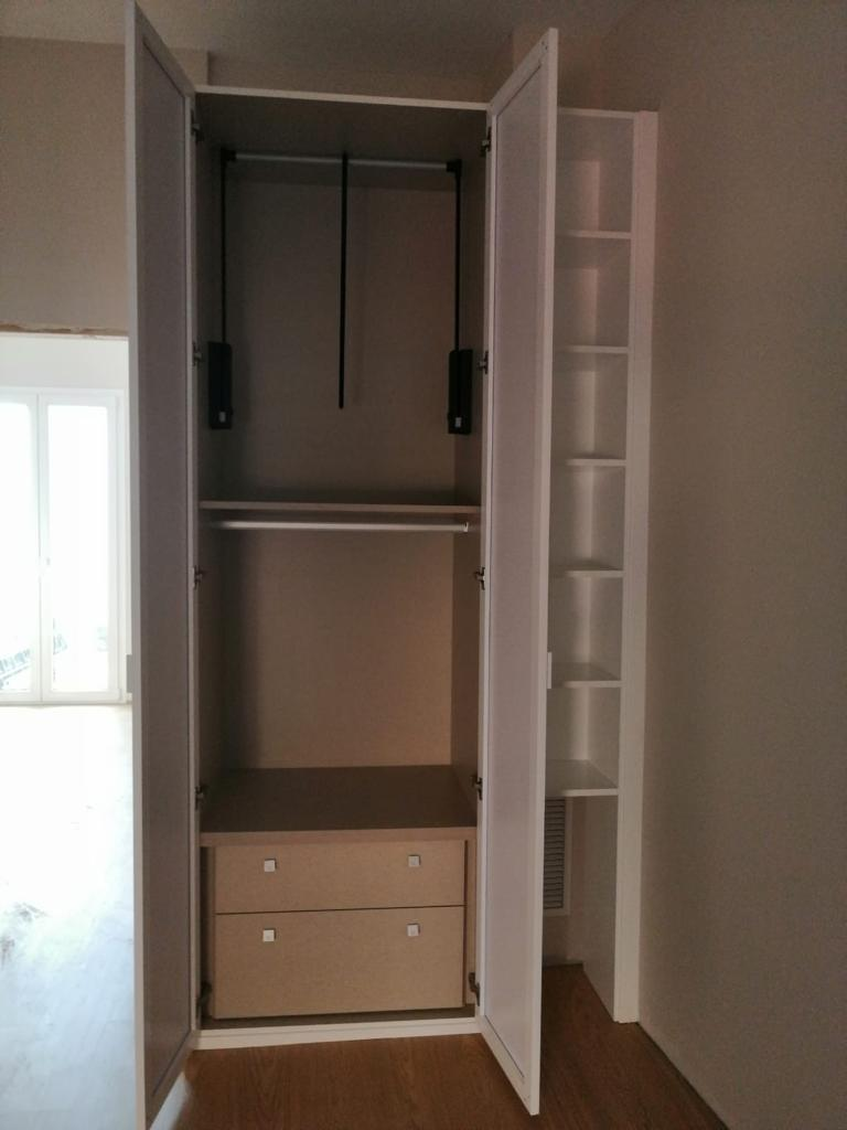 Interior armario configuración 2